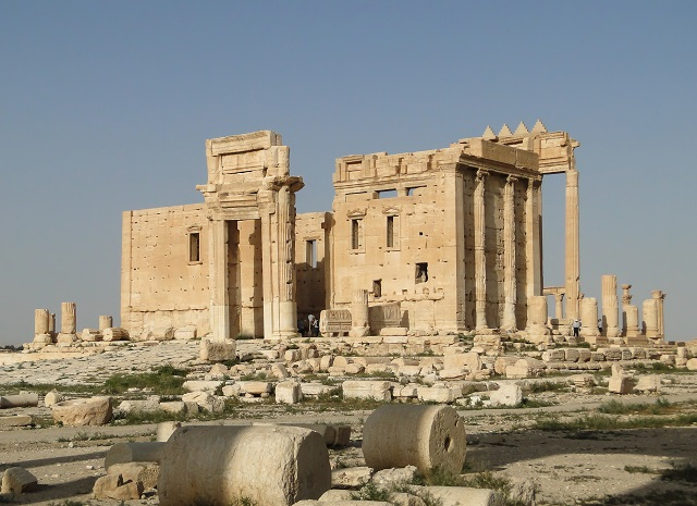 Temple of Baal as it stood at Palmyra showing the Arch at its entrance. Picture taken in 2010 by Bernard Gagnon